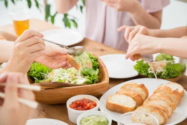 食生活で肌が変わったと実感できるのは何日後?美肌に最強おすすめ食べ物とは!